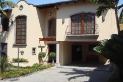 House for Sale in Mezzaluna Gated Community