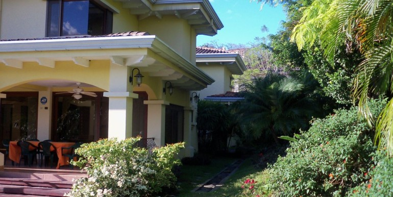 Family-Home-Villa-Real-3